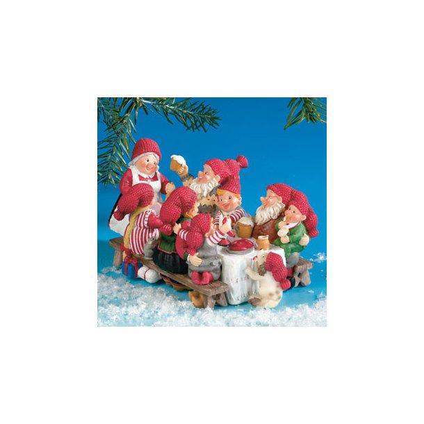 Julebord med nissefamilie